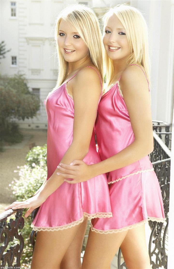 girls-next-door-twins-nude-pics-xxx-passwords-blogs