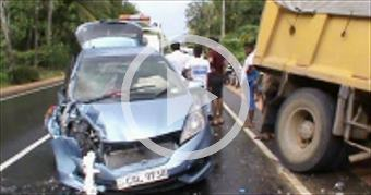 ACCIDENT IN COLOMBO-KANDY RD,SRI LANKA
